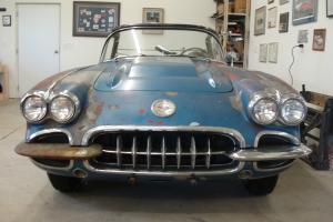 Chevrolet : Corvette black