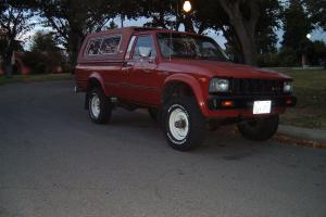 Toyota : Other SR5 Standard Cab Pickup 2-Door