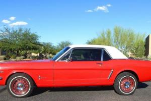 Ford : Mustang White top