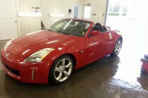 Nissan : 350Z  Touring Convertible 2-Door