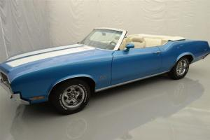 Oldsmobile : Other CUTLASS