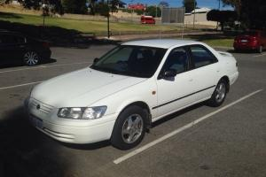 Toyota Camry Conquest 1999 4D Sedan 4 SP Automatic 2 2L Multi Point in Maylands, WA