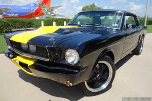 Ford : Mustang 2-door coupe