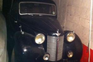 Austin 10 For restoration very genuine old car never been tampered with complete