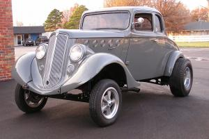 Willys : model 77 coupe