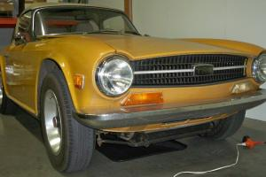 Triumph : TR-6 Roadster Photo