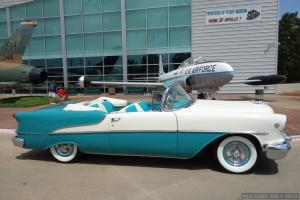 Oldsmobile : Eighty-Eight Rocket
