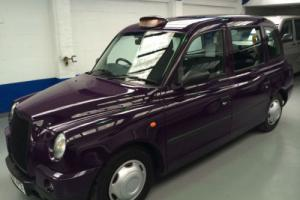 London Taxi's International TX4 2.5TD Silver