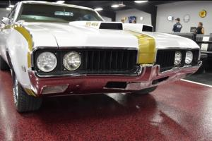 Oldsmobile : Cutlass Hurst (clone)