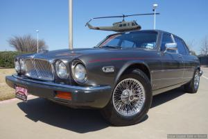 Jaguar : XJ6 4-Door Sedan