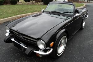 Triumph : TR-6 TRIPLE BLACK Photo