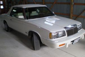 Chrysler : LeBaron TURBO Photo