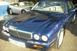 2000 Jaguar XJ8 3.2 V8 Executive Automatic,43,000 miles,1 owner+demo,Jag history