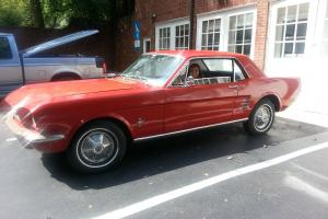 Ford : Mustang Base Coupe 2-Door