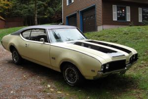 Oldsmobile : 442 Holiday Coupe
