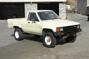 Toyota : Other Pickup Truck
