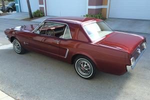 Ford : Mustang Base Coupe