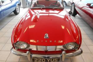 Triumph TR4 LHD 2.2L 1962, Red Photo