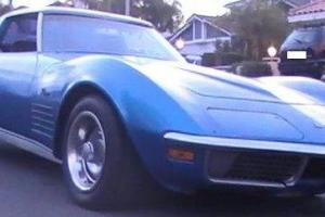 Chevrolet : Corvette BLUE WITH BLACK INTERIOR