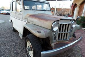 Willys :  4WD Station wagon base