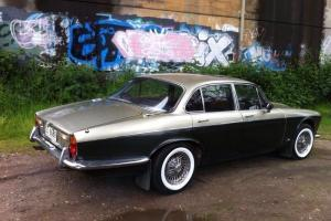 Jaguar XJ6 4 2 1972 4D Sedan 3 SP Automatic 4 2L Carb