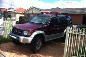 Mitsubishi Pajero 4x4 1994 4D Wagon 5 SP Manual Petrol Model in Carlton, NSW