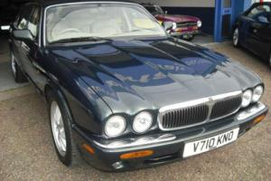 1999 Jaguar XJ8 Automatic 4.0 76000mls 12 Service stamps, Metallic, Leather