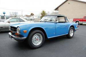 Triumph : TR-6 Convertible with Hardtop Photo
