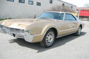 Oldsmobile : Toronado 2 Door