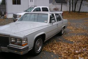 Cadillac : Fleetwood 4 door