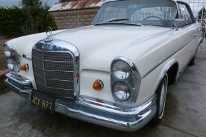 Mercedes-Benz : 200-Series 300SE