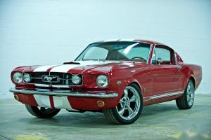 Ford : Mustang 2+2 GT