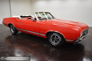 Oldsmobile : Cutlass Convertible