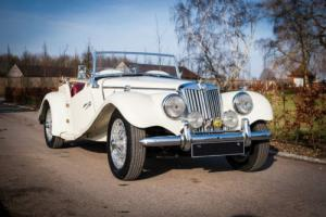 1954 MG TF Photo