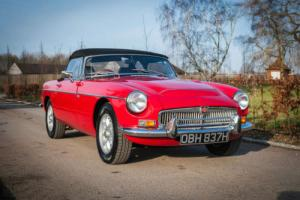 1970 MGB V8 Roadster Photo