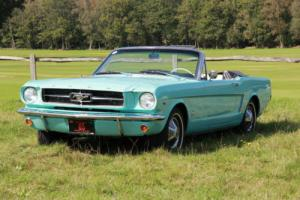 Ford Mustang 1965 Convertible Auto, PAS & Power hood. Watch our HD video.