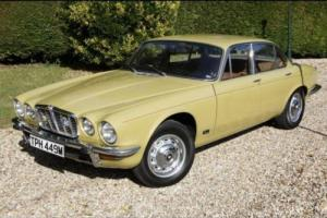 Jaguar XJ6 Series 2 PETROL AUTOMATIC 1973/M Photo