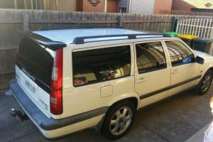Volvo V70 XC 1998 4D Wagon 4 SP Automatic in Sunshine West, VIC