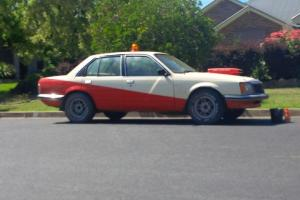 VB SLE Commodore 308 TH350 Bash CAR OR Project With Roll Cage in Bathurst, NSW