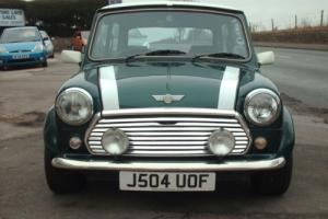 Rover MINI COOPER 1.3I Sportspack 1992 Classic. British Racing Green/White Roof.