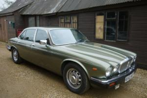 DAIMLER SOVEREIGN VANDEN PLAS 4.2 AUTOMATIC SALOON