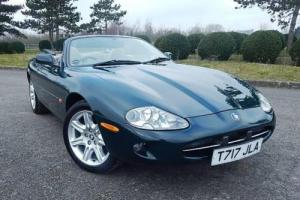 1999 Jaguar XK8 Convertible Photo