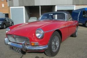 1965 MGB ROADSTER 1.8 CONVERTIBLE SOFT TOP. 50 YEAR OLD CLASSIC ANNIVERSARY Photo