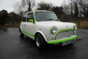 1997 Rover Mini 1.3 in Diamond White and Kawasaki Green