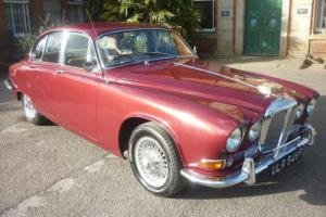 DAIMLER SOVEREIGN 420 SALOON - LOW MILEAGE BEAUTIFUL EXAMPLE !
