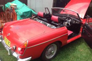 M G MGB Sports 1968 2D Roadster 4 SP Manual 1 8L Carb in Toongabbie, NSW Photo