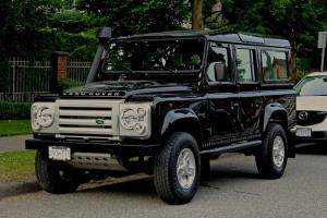 Land Rover : Defender