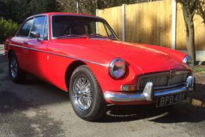 MGB GT RED 1972 LHD