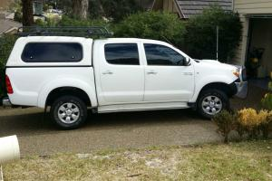 Toyota Hilux SR5 2008 SR5 4x4 Lots Extras Full Service History 6 MTH Rego in Diamond Creek, VIC