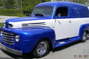 Ford : Other 2 door panel truck Photo